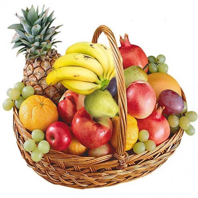 Большая корзина фруктов