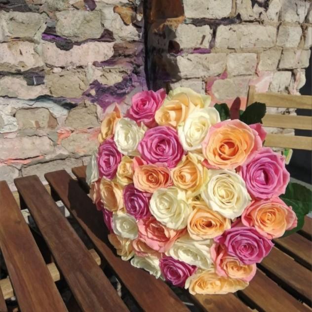 Букет из 31 розы микс