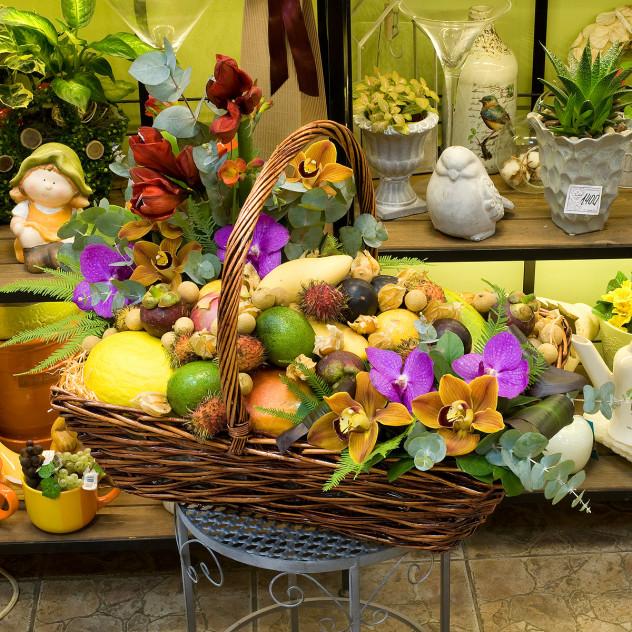 """水果和花篮""""异国情调的曼谷"""""""