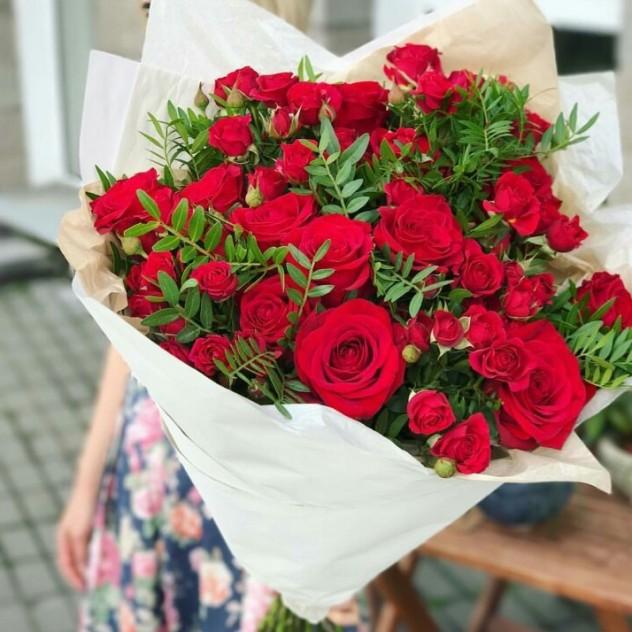 Цветы с доставкой в риме, купить цветы марта
