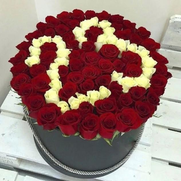 Коробка с розами 23.