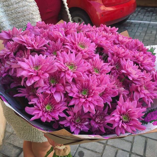Букет №215 букет из кустовых хризантем