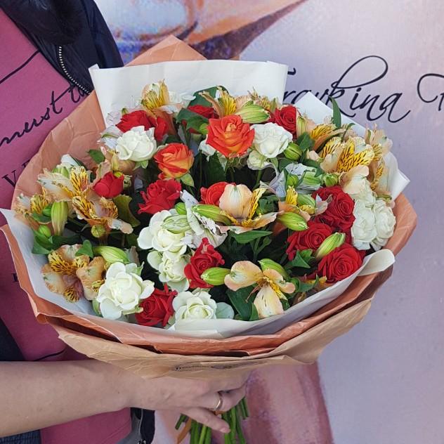 Новороссийск доставка цветов на дом