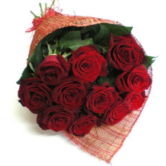 11 роз в дизайн упаковке