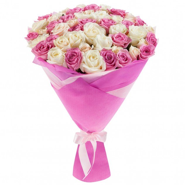 Bouquet of 51 delicate roses in a package