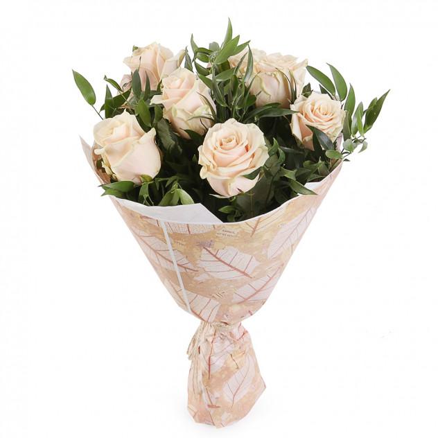 A bouquet of cream roses No. 4
