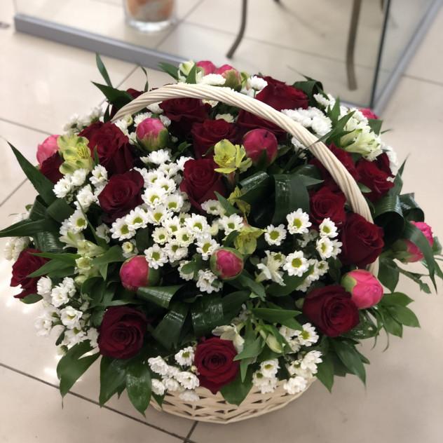 Корзины цветов на заказ новосибирск круглосуточно, букет