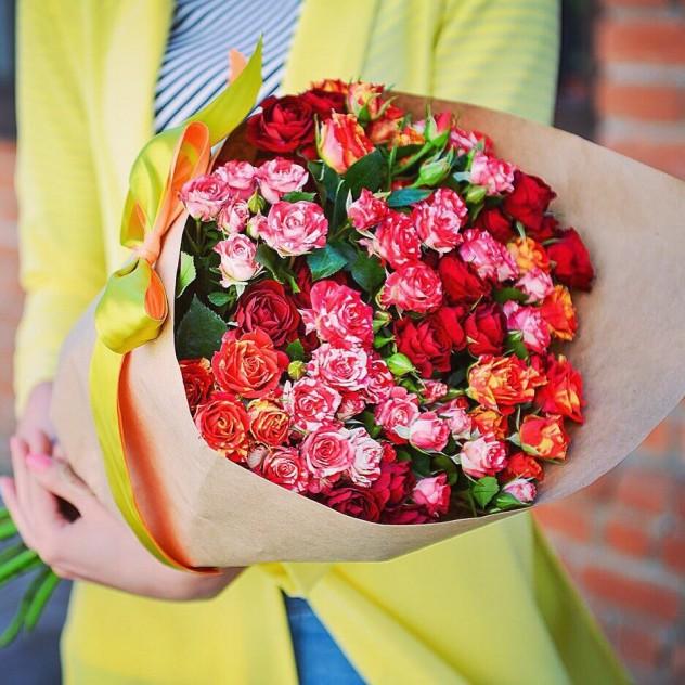 Кустовая роза mix