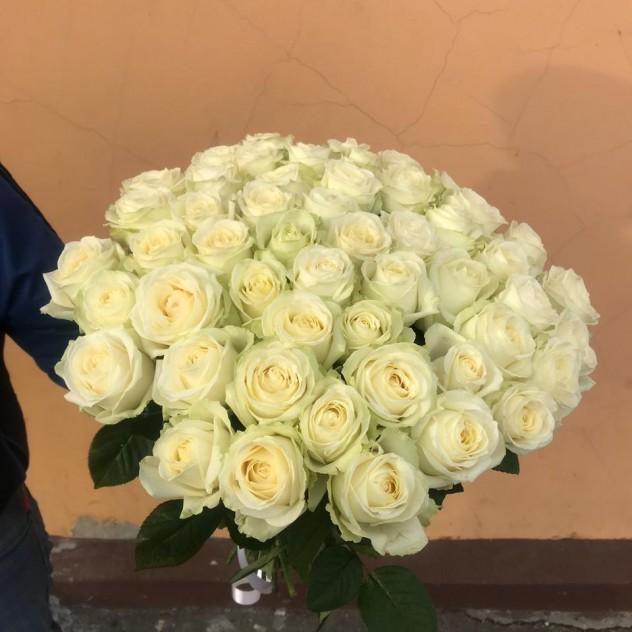 Букет 51 белая роза