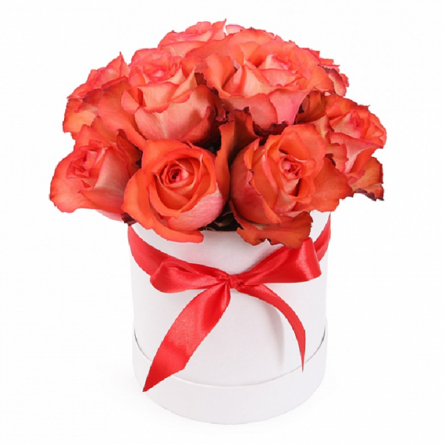Bouquet of 15 enchanting pink roses in a hat box