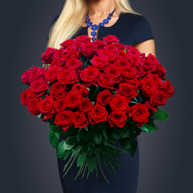 101本の赤いバラのブーケ