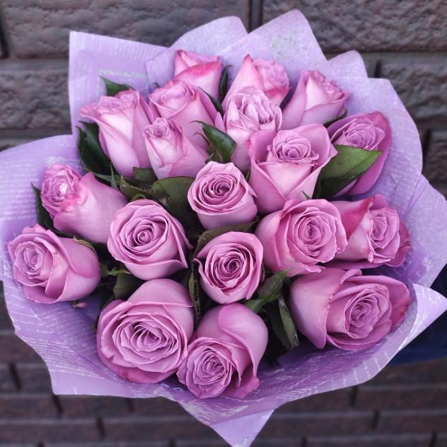 Букет 19 роз