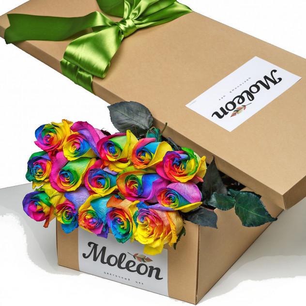 15 радужных роз  в подарочной коробке. New!