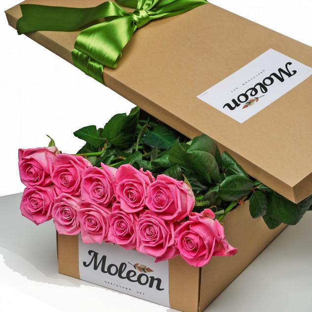 11 розовых роз  в подарочной коробке. New!