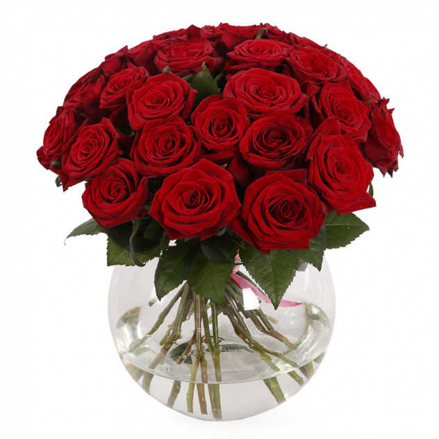 Bouquet of 31 roses in a vase